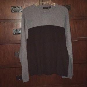 EUC Claiborne sweater
